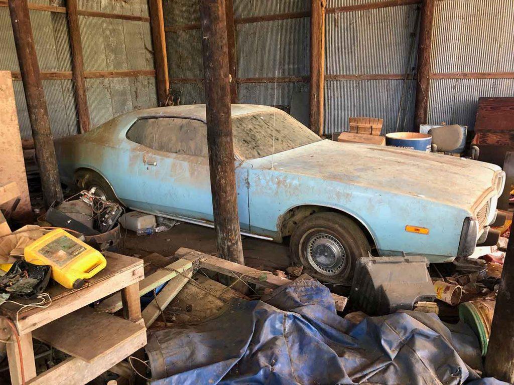 1974 Dodge Charge V8 Barn Find